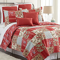 Red Quilt Set