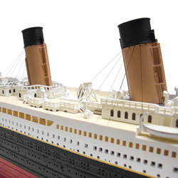 Deluxe Titanic Model Kit  Model# 11318