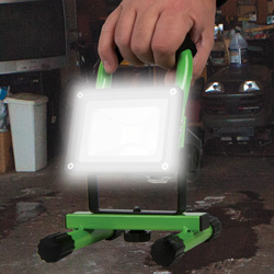 10W LED Portable Flood Light  Model# 30-3002