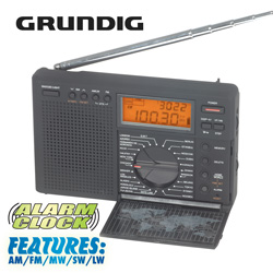 Grundig Traveller II Radio  Model# G8 TRAVELLER II
