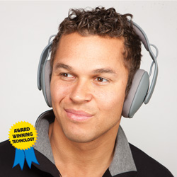 Incase Sonic Over-Ear Headphones  Model# EC3002