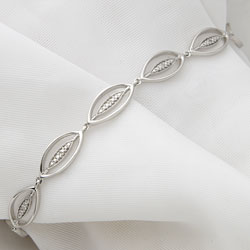 Diamond Leaf Bracelet  Model# JB677