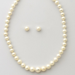 Yellow Gold Pearl Strand & Earring Set  Model# JS762