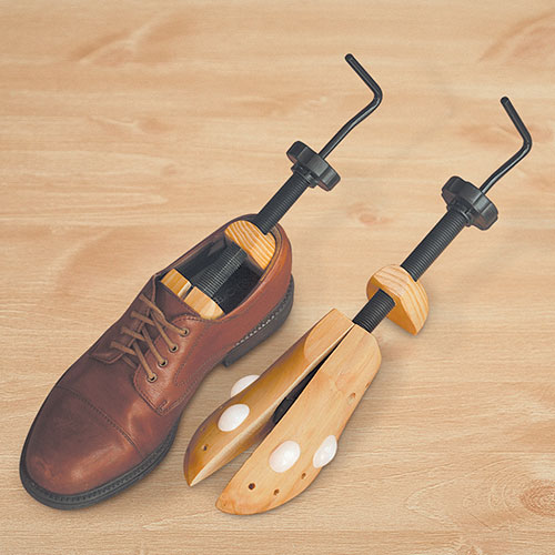 'Shoe Stretcher'