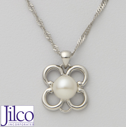 'Pearl Flower Necklace'