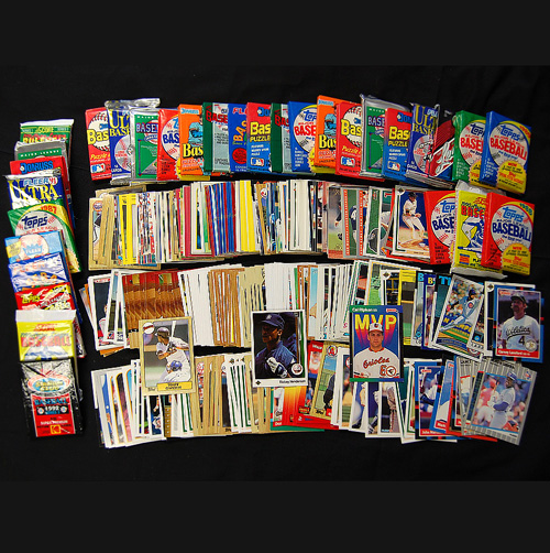 '3 Decades of Baseball Cards'